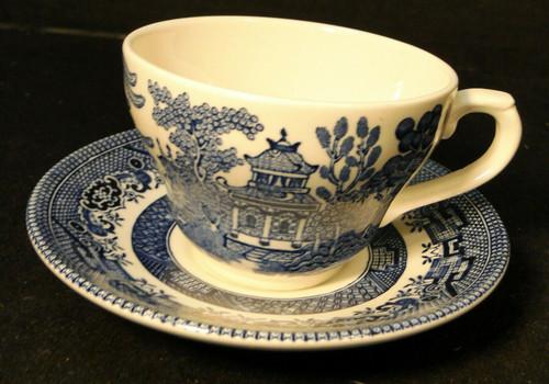 Broadhurst Blue Willow Tea Cup Saucer Set Staffordshire England Excellent