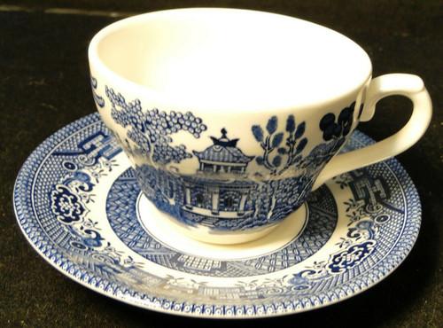 Churchill Blue Willow Flat Tea Cup Saucer Set England Excellent