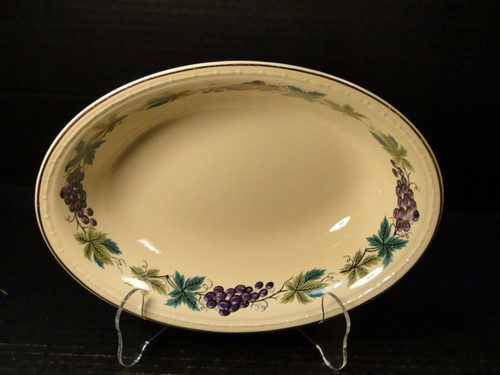 """Homer Laughlin Eggshell Georgian Grapes Leaves Oval Serving Bowl 9"""" HLC2376 