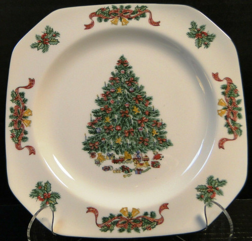 Johnson Brothers Victorian Christmas Square Salad Plate 7 5/8 England | DR Vintage Dinnerware and Replacements