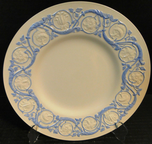 Wedgwood Kingston Blue Luncheon Plate 9 3/8"