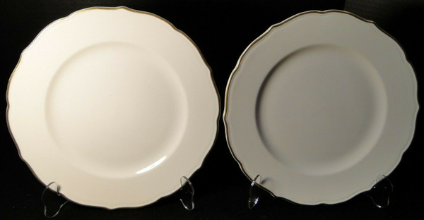 """Syracuse Gourmet Dinner Plates 10 1/2"""" Vintage Restaurant Ware Set of 2 