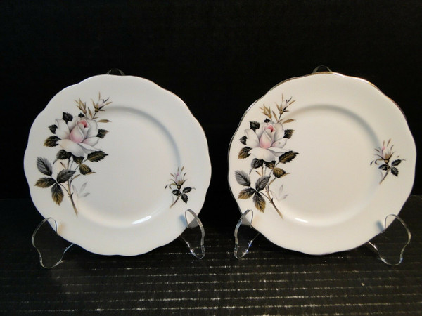 """Royal Albert Queen's Messenger Bread Plates 6 1/4"""" Set of 2 