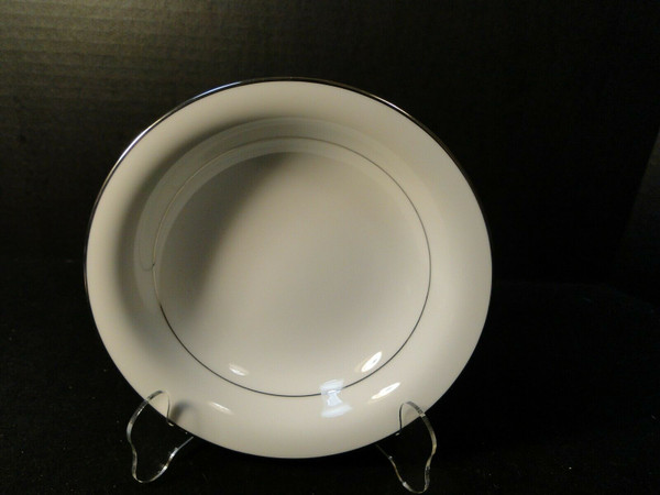 "Noritake Envoy Coupe Soup Bowl 7 1/2"" 6325 White Platinum Trim 