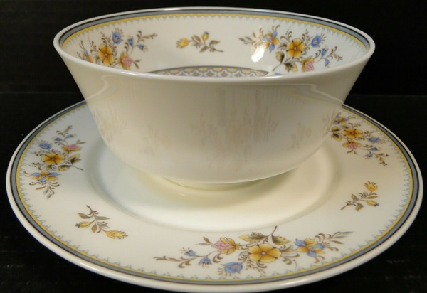 Mikasa Chippendale Gravy Boat Sauce Bowl A1-190 Japan | DR Vintage Dinnerware and Replacements