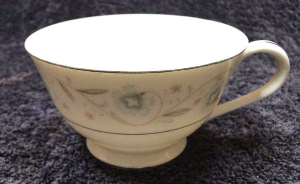 Fine China of Japan English Garden Tea Cup | DR Vintage Dinnerware Replacements