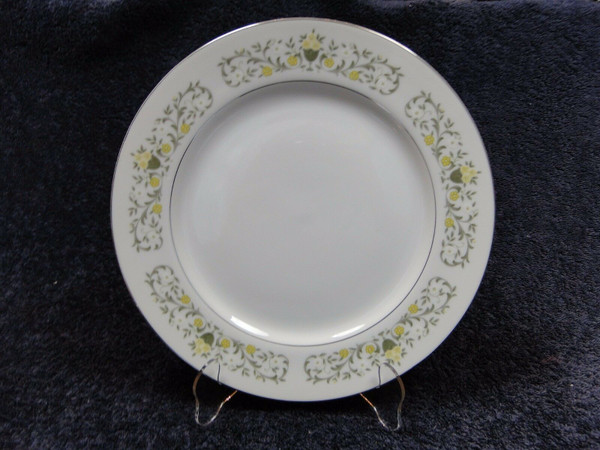 """Fine China Japan Florentine Dinner Plate 10 1/2"""" 