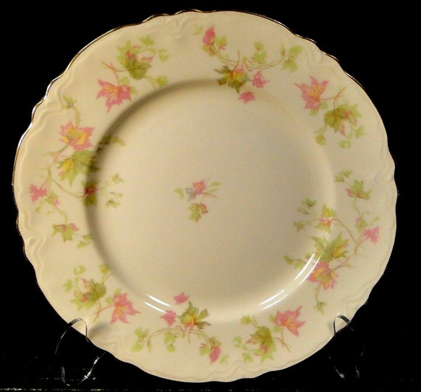 Homer Laughlin Maple Leaf Luncheon Plate 9 1/4 Republic R9524   DR Vintage Dinnerware Replacements