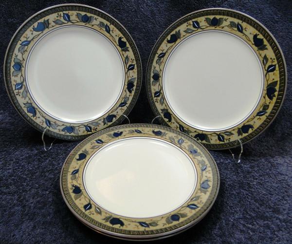 "Mikasa Arabella Dinner Plates 11 1/8"" CAC01 Intaglio | DR Vintage Dinnerware Replacements"
