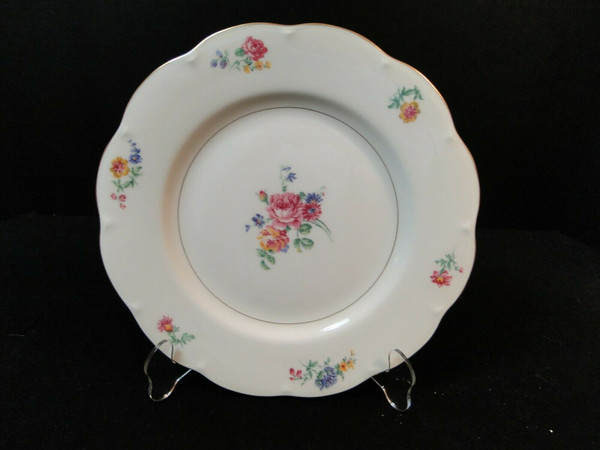 """Theodore Haviland NY Chapelle Dinner Plate 10 1/4"""" 