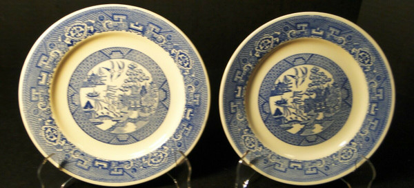 """Homer Laughlin Blue Willow Bread Plates 6 1/4"""" Set of 2 