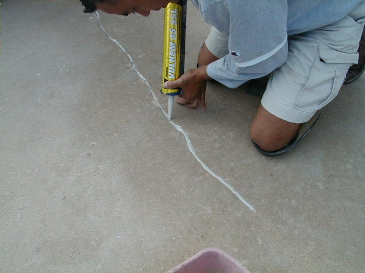 Crack fill with SealGreen 116 Caulk