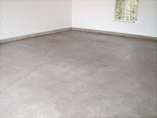 SealGreen Garage Floor Sealer does not change the original look of the concrete