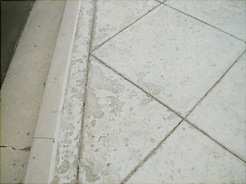 Is snow melt safe on new concrete?