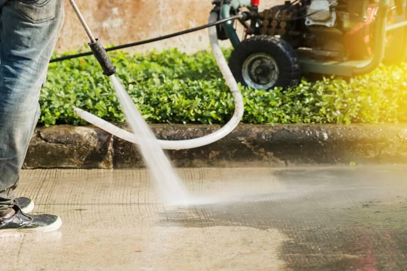 Pressure Washing Tips for Concrete Driveways - SealGreen