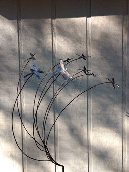 Metal Yard Art Dragonfly sculpture with 8 Dragonflies by The Lazy Scroll