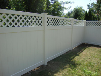 8'x 6' PVC Privacy Fence Panel with Lattice in White