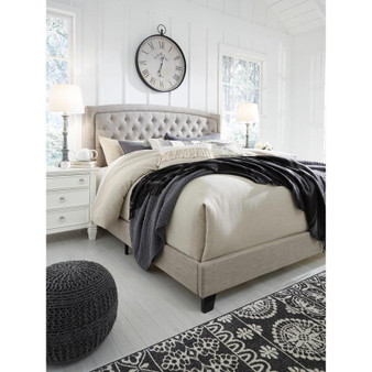 Jerary Queen Upholstered Bed in Gray