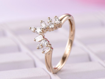 Chevron Baguette/Round Diamond Wedding Band 14K Yellow Gold