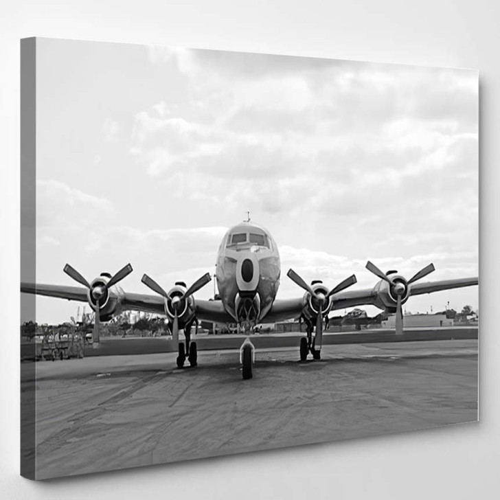 Front View Vintage Airliner 50S - Airplane Airport Canvas Art Print