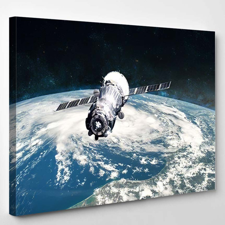 Planet Earth Spacecraft Launch Into Space - Astronaut Canvas Art Print