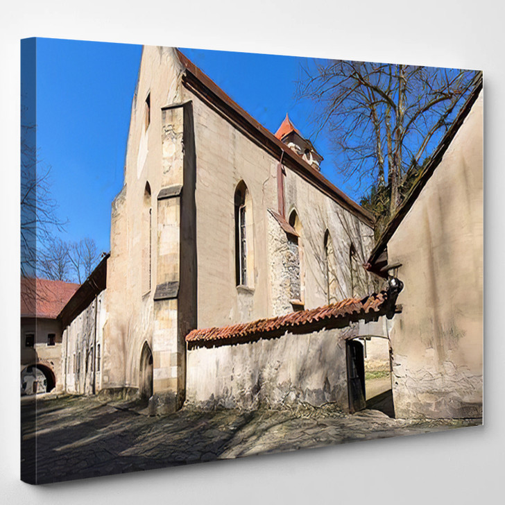 14Th Century Red Monastery Next Dunajec - Landmarks and Monuments Canvas Art Print