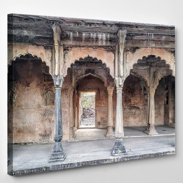 500 Years Old Beautiful Indian Fort - Landmarks and Monuments Canvas Art Print
