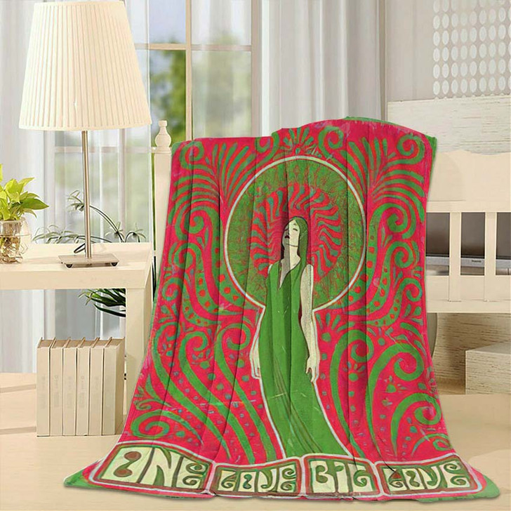 1970S Style Psychedelic Art Woman Love - Psychedelic Throw Blanket