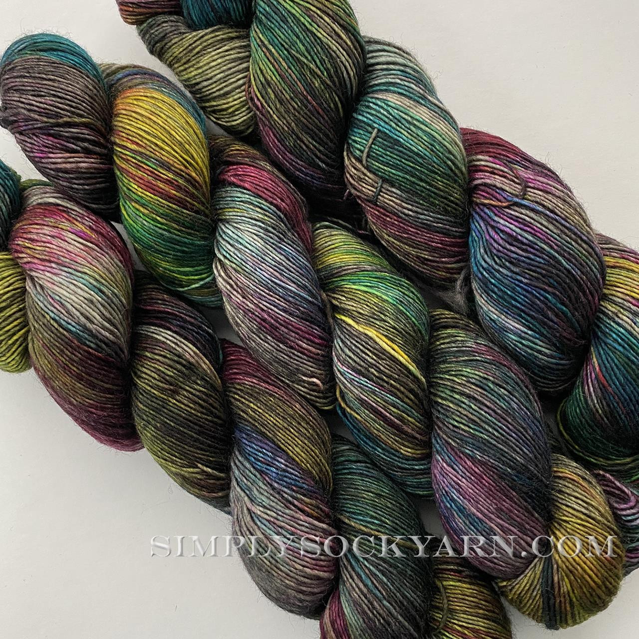 DIC Jilly Charcoal Prismatic -