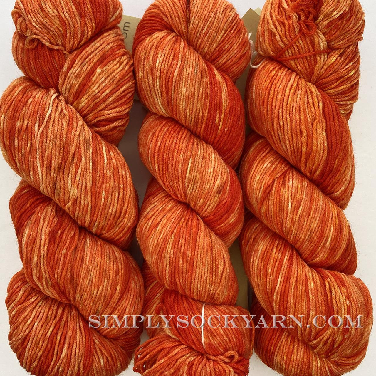 Urth Monochrome 3052 Orange -