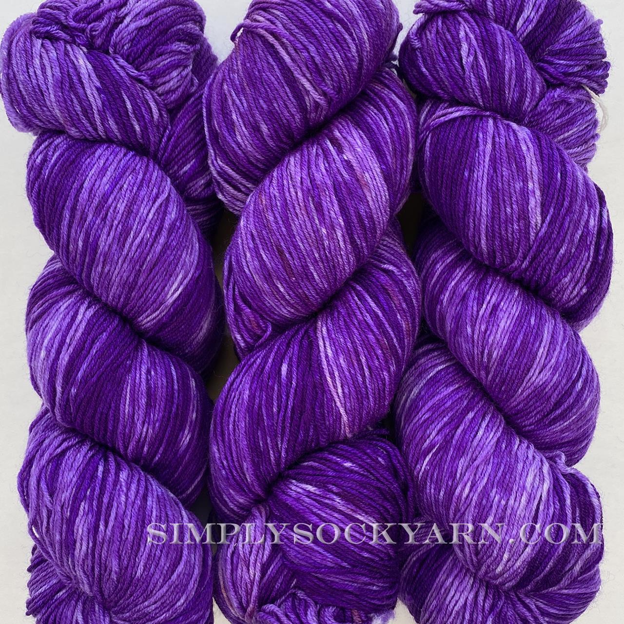 Urth Monochrome 3055 Purple -