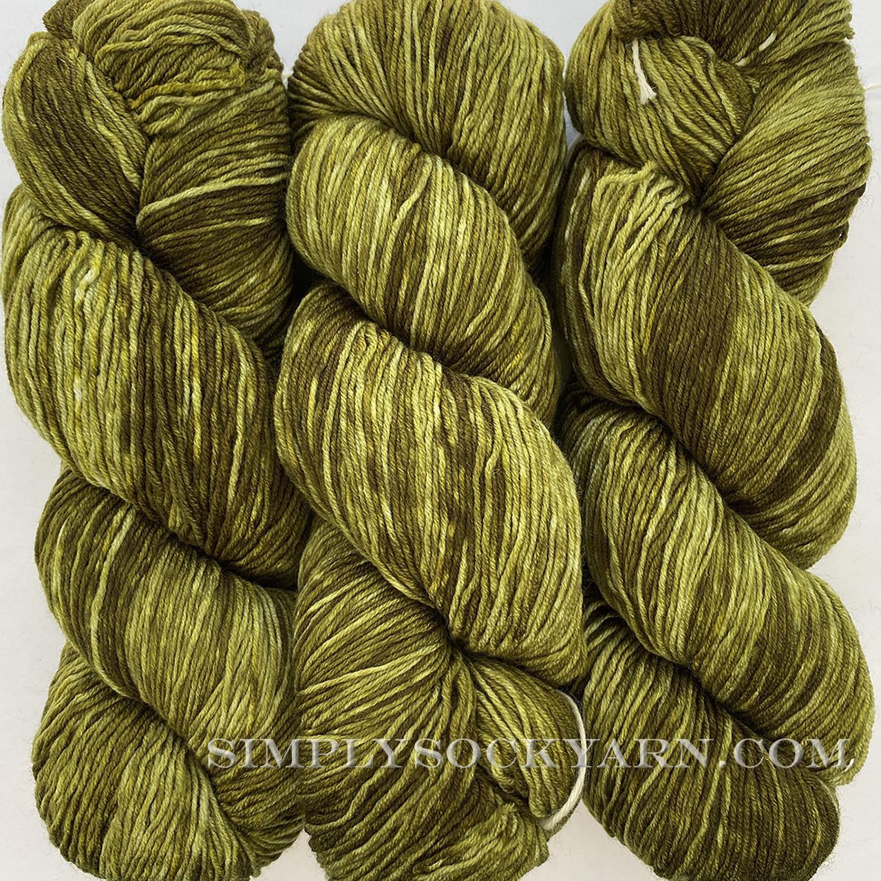 Urth Monochrome 3059 Olive -