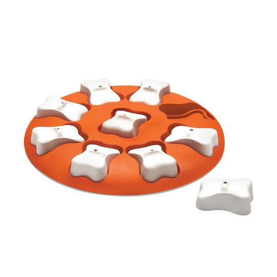 Dog Smart Interactive Treat Puzzle Dog Toy, Orange