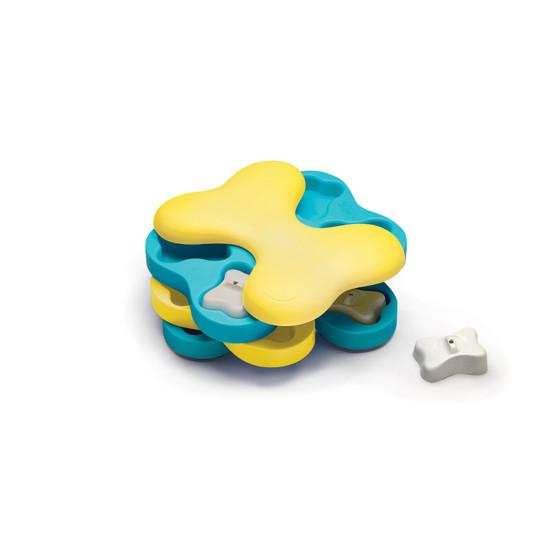 Dog Tornado Interactive Treat Puzzle Dog Toy, Blue
