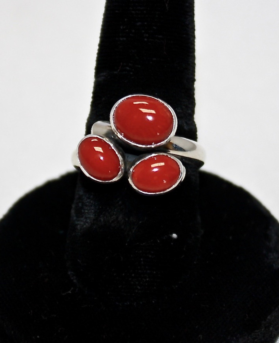 Three Cluster Coral Ring