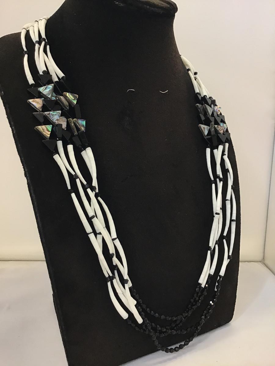 5 Strand Black Mixed  Shell Set