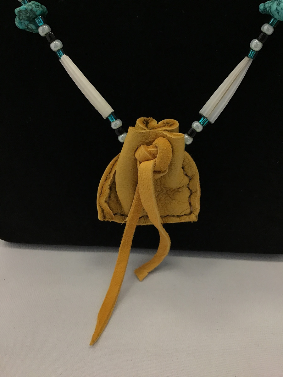 Single Strand Necklace with Pouch