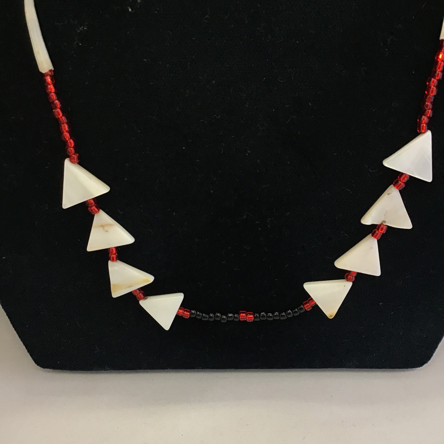 Black and Red Single Strand Necklace