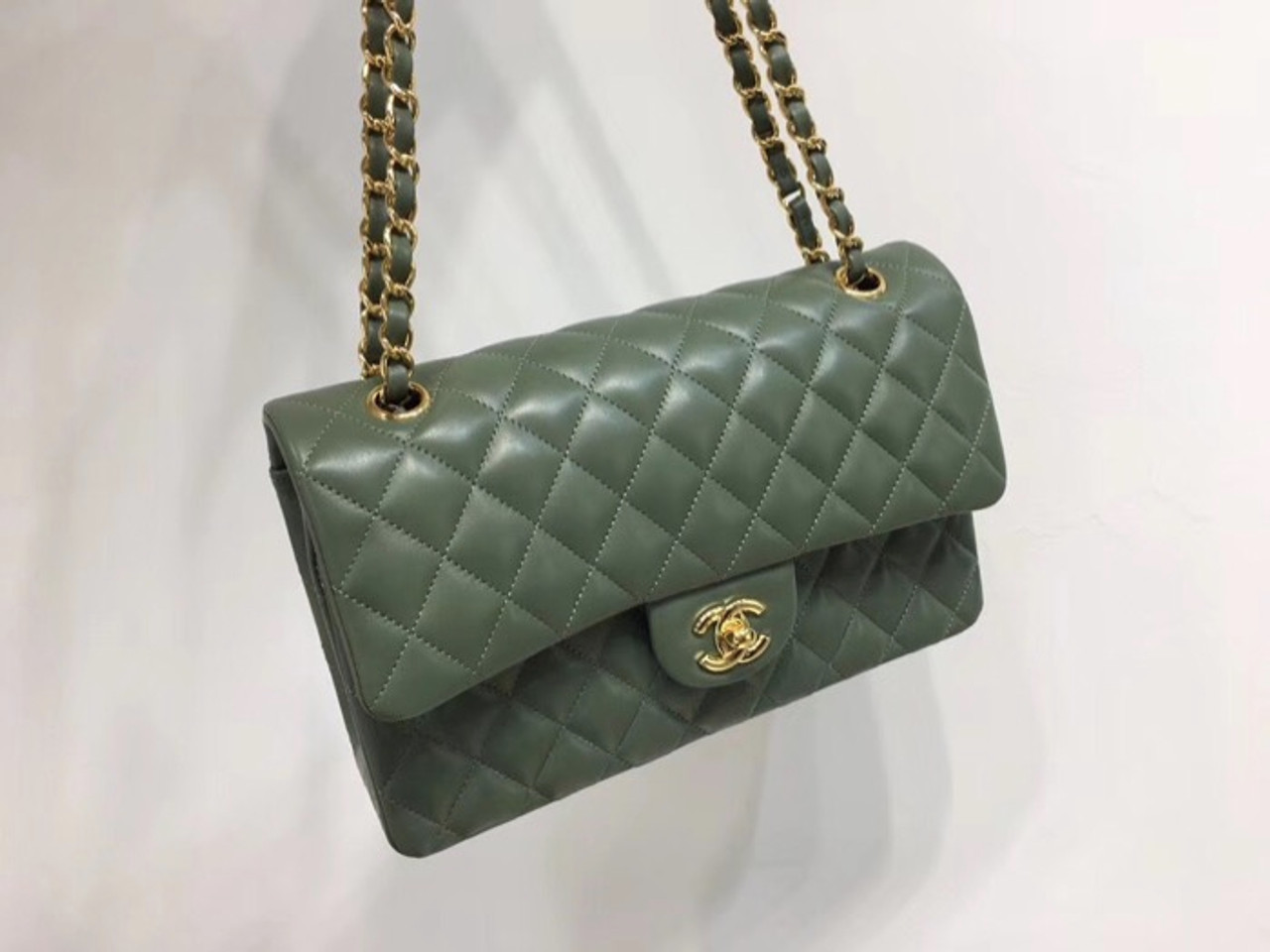 3a954b55362d Chanel Classic Flap 25cm Bag Gold Hardware Lambskin Leather Spring Summer  2018 Collection