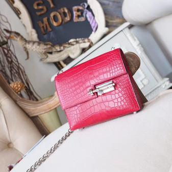 Hermes Verrou Chaine 18cm Bag Matte Mississippiensis Alligator Skin Palladium Hardware, Rouge H CK55