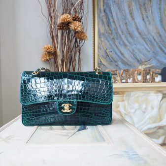 Chanel Alligator Skin Classic Flap 25cm Bag Gold Hardware Spring/Summer 2018 Collection, Emerald