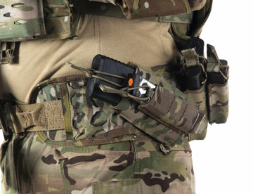 Multicam belt pad outfitted with a stacked SENTRY rifle mag and pistol mag pouch.