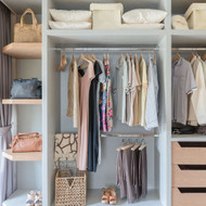 5 Tips for Curating an Ecofriendly Wardrobe