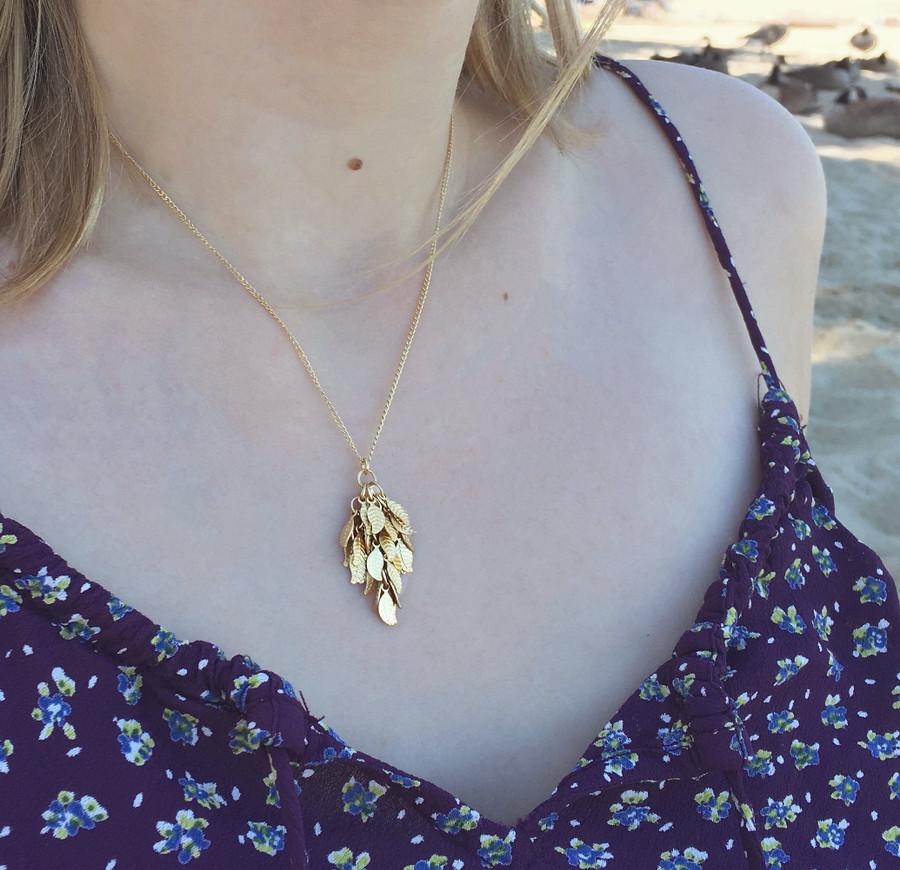 Gold Leaves Necklace - Medium