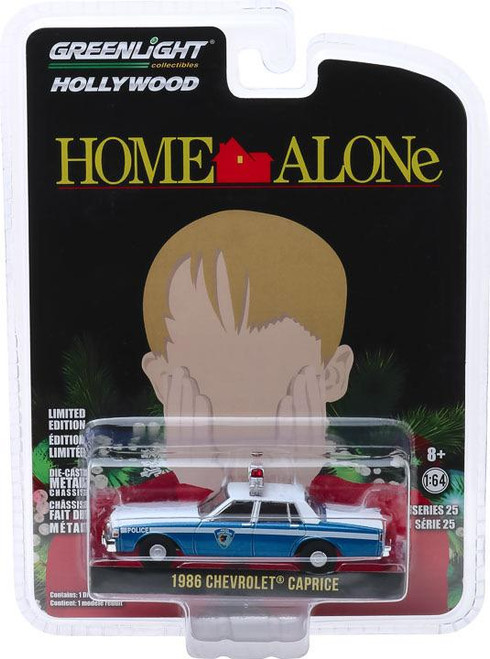 1:64 Hollywood Series 25 - Home Alone (1990) - 1986 Chevrolet Caprice Wilmette, Illinois Police Solid Pack