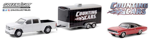 1:64 Counting Cars (2012+ TV Series) - 2014 RAM 1500 w/1968 Dodge Charger R/T in Enclosed Car Hauler