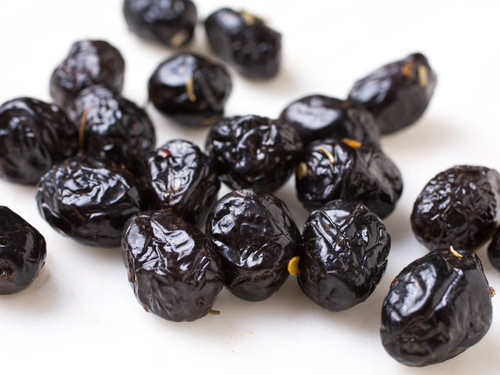 Dry Oil Cured Black Olives - 1lb