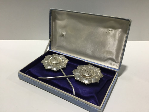 Silver Plated Flower Salt and Pepper Shakers
