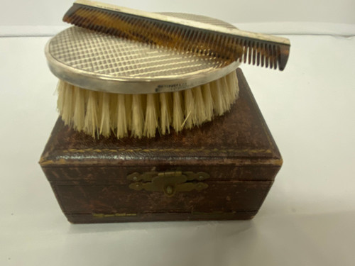 Vintage 1927 Hallmarked Sterling Silver Brush & Comb Set In Box