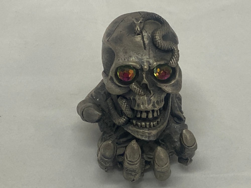 TUDOR MINT WAPW 'Myth & Magic' #3161 THE SKULL HOLDER Collectable Pewter Figure